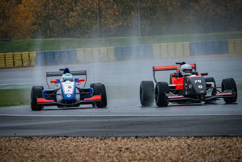 Lionel Robert au volant de sa Formule Renault