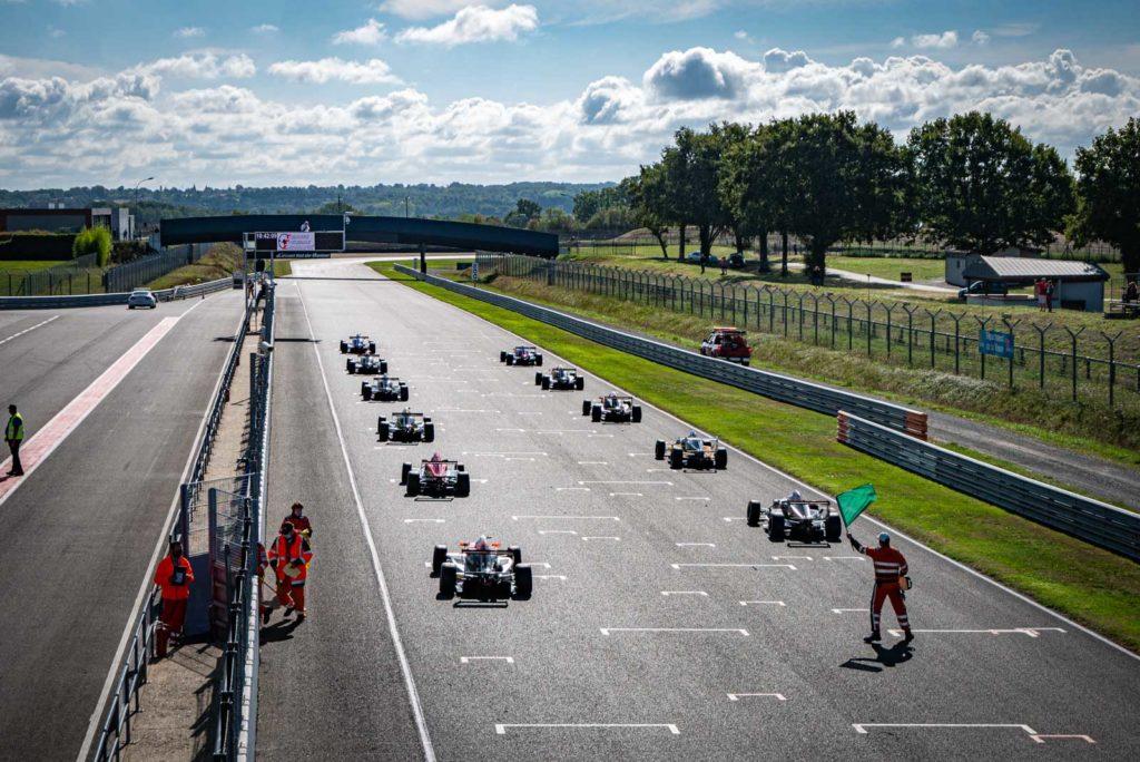 Grille de départ de la Formula'Cup au Vigeant